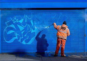 Anti graffiti pinnoite tekee graffitinpoistosta helppoa